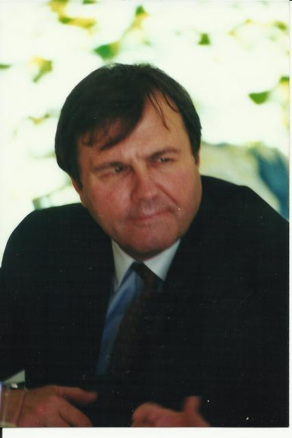2000. The U.S. Ambassador to Chile, John O'Leary