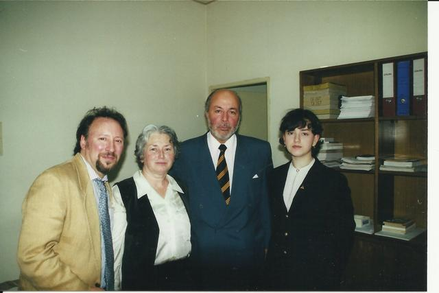 2000. A meeting with Judge Juan Guzman Tapia: Peter Kornbluh (L) Olga Weisfeiler, Judge Juan Guzman, Anna Weisfeiler (R).