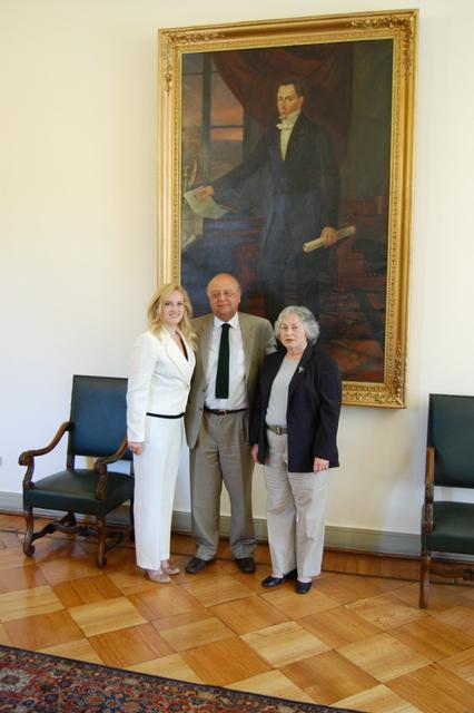 2008. Anna (L) and Olga Weisfeiler at the meeting with Ministro Secretario General de la Presidencia, Jose Antonio Viera-Gallo